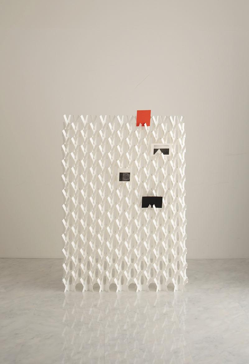 kakine-paper-divider-screen-2