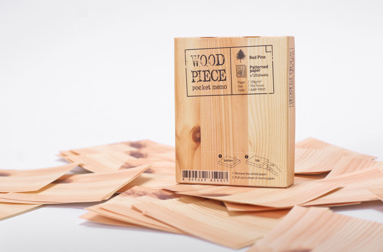 Memo Pad That Looks Like a Block of Wood