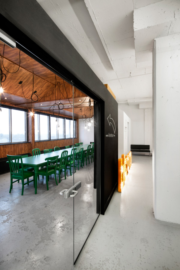 creative office interiors. BICOM-Office-Jean-de-Lessard-6 Creative Office Interiors