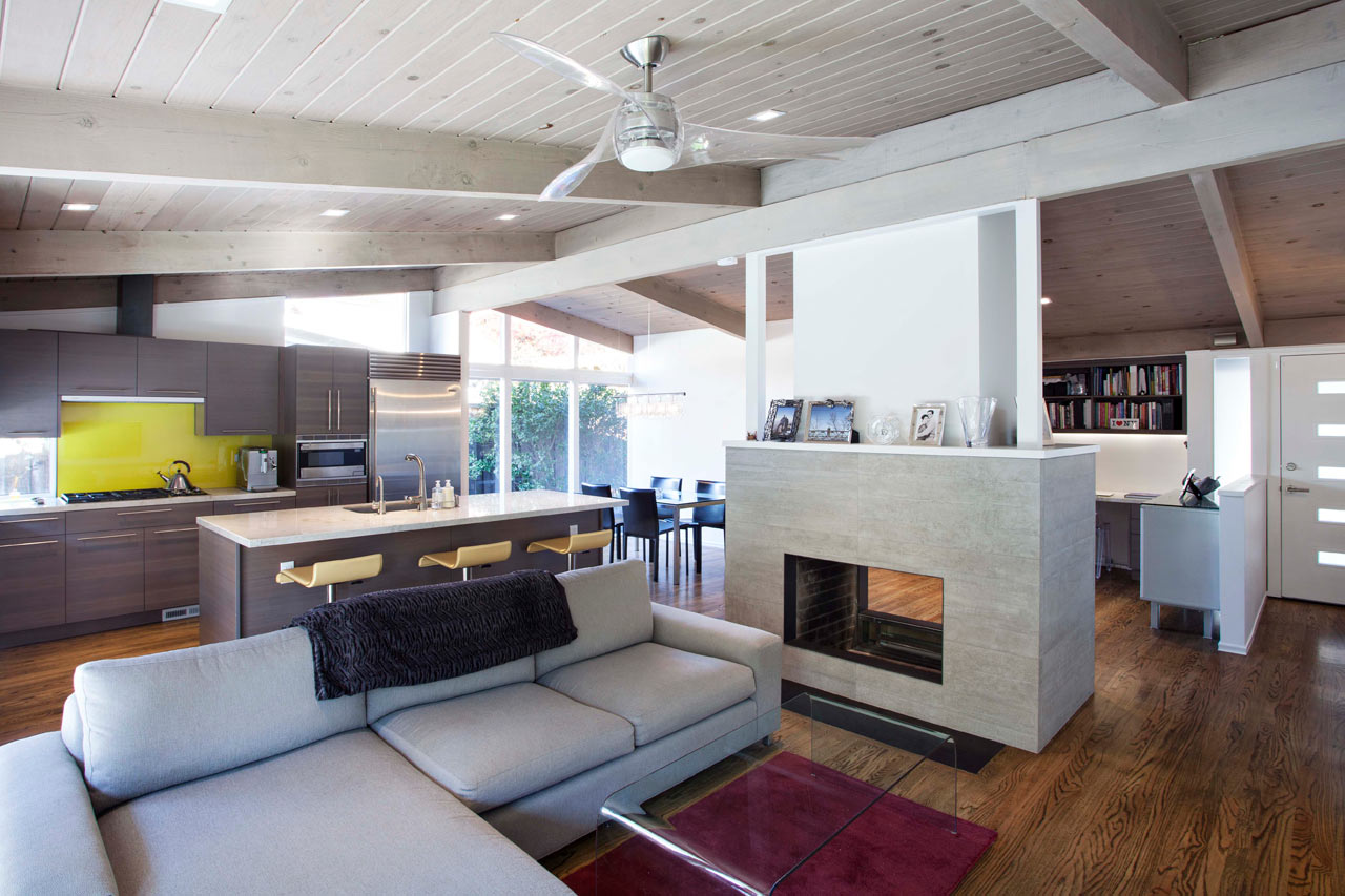 A Chopped-Up 1960s Home Gets Modernized