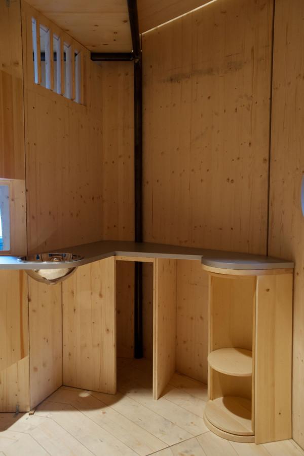 CASSINA-Refuge-Tonneau-Perriand-Jeanneret-5a