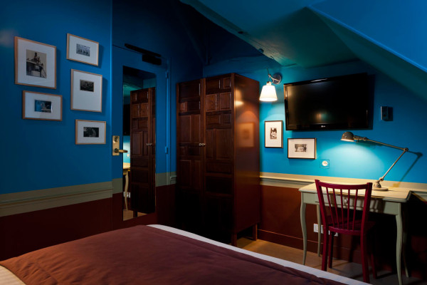 Eclectic and Colorful: Hotel Crayon Paris in main interior design  Category