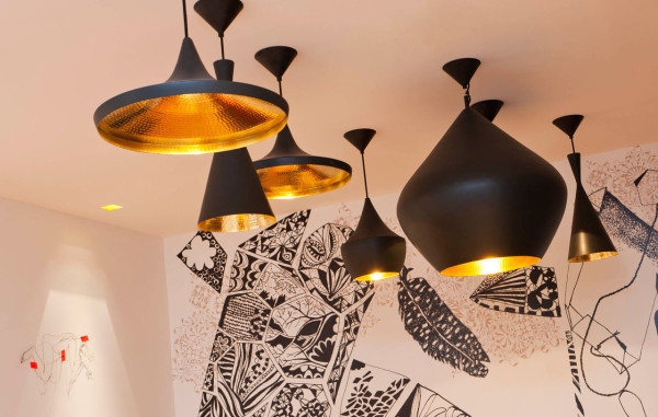 Destin-Crayon-Hotel-Paris-6-Tom-Dixon-Lamps
