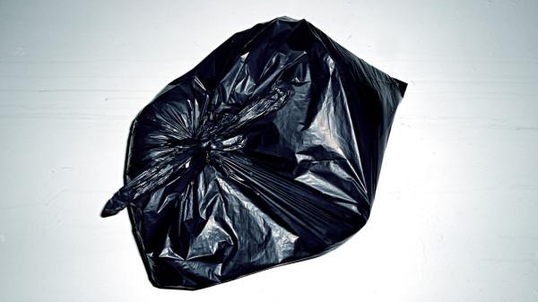 F5-Francis-Bitonti-2-Garbage-Bag