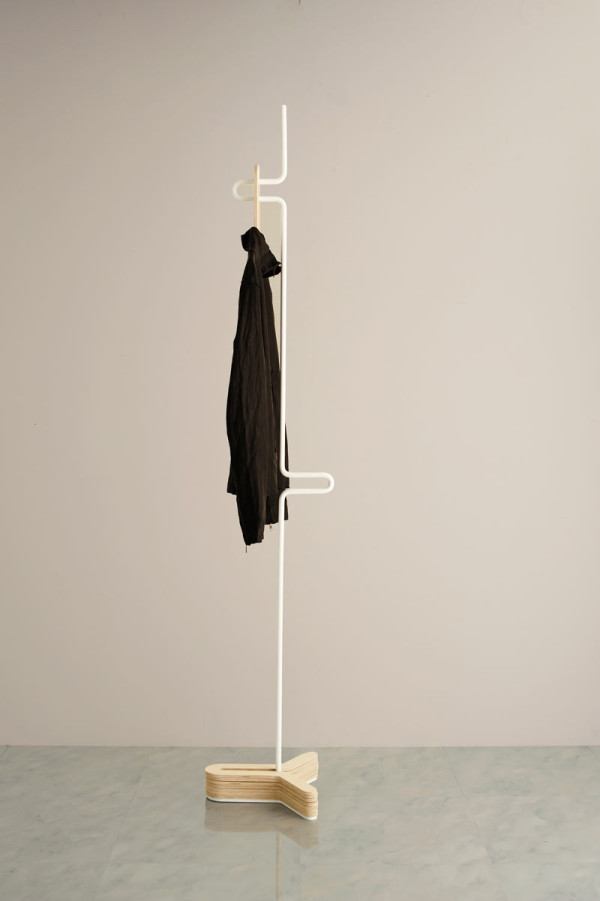 HC Hanger: A Simple Clothes & Coat Rack in home furnishings Category