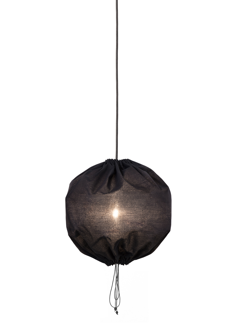 Kuu-lamp-Stefansdotter-Sylwan-One-Nordic-6-small-blk