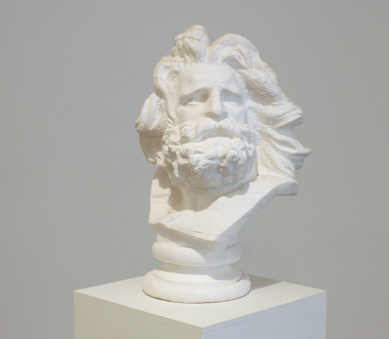 Bust of Marseilles, 2012