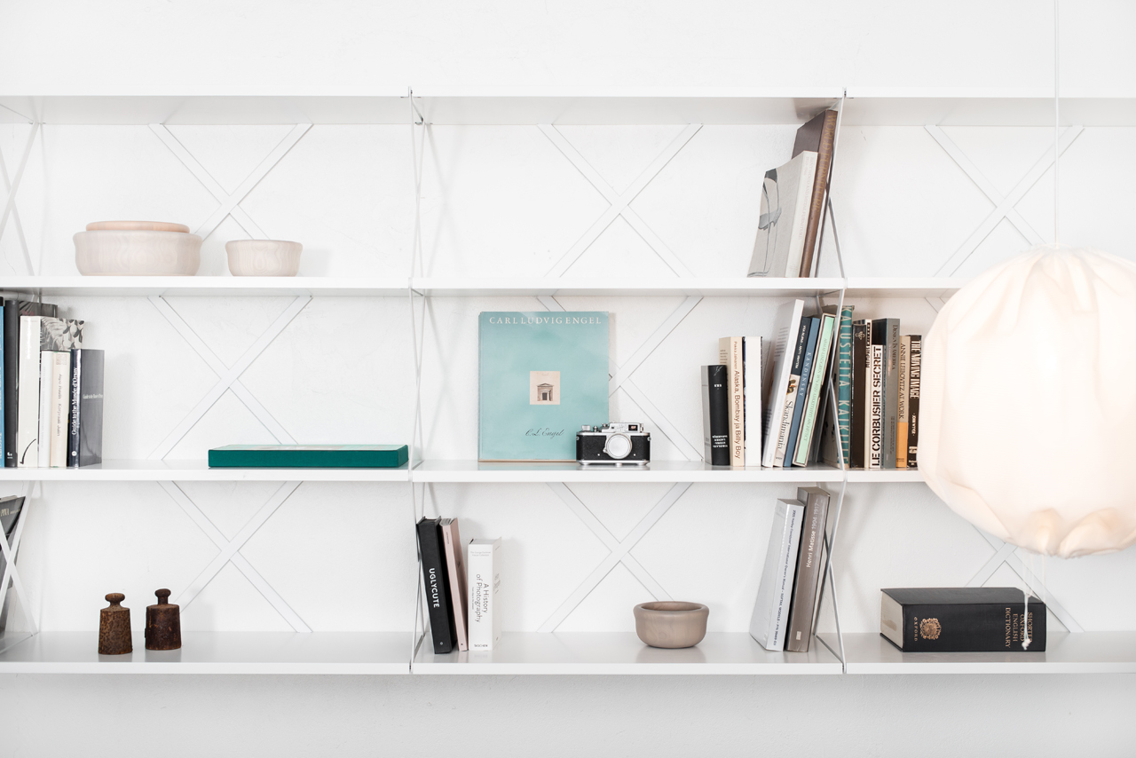 Lift-Shelving-System-Staffan-Holm-One-Nordic-1