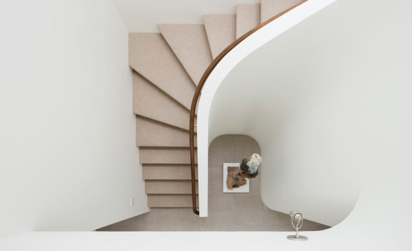 Madrona-House-CCS-Architecture-13-stairs