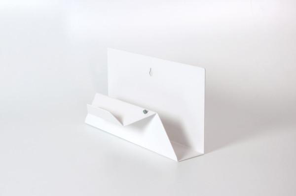 Post-Point-Letter-Holder-Sebastian-Bergne-4