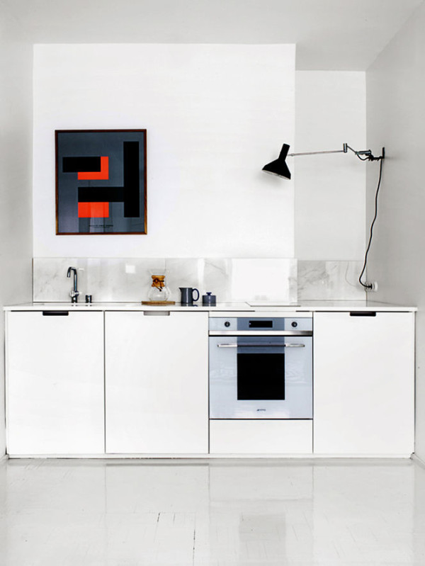 Roundup: 12 Kitchens With Artwork in main interior design  Category