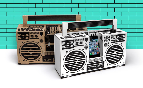 A Cardboard Sound System For Your Smartphone