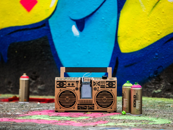 A Cardboard Sound System For Your Smartphone in technology main  Category