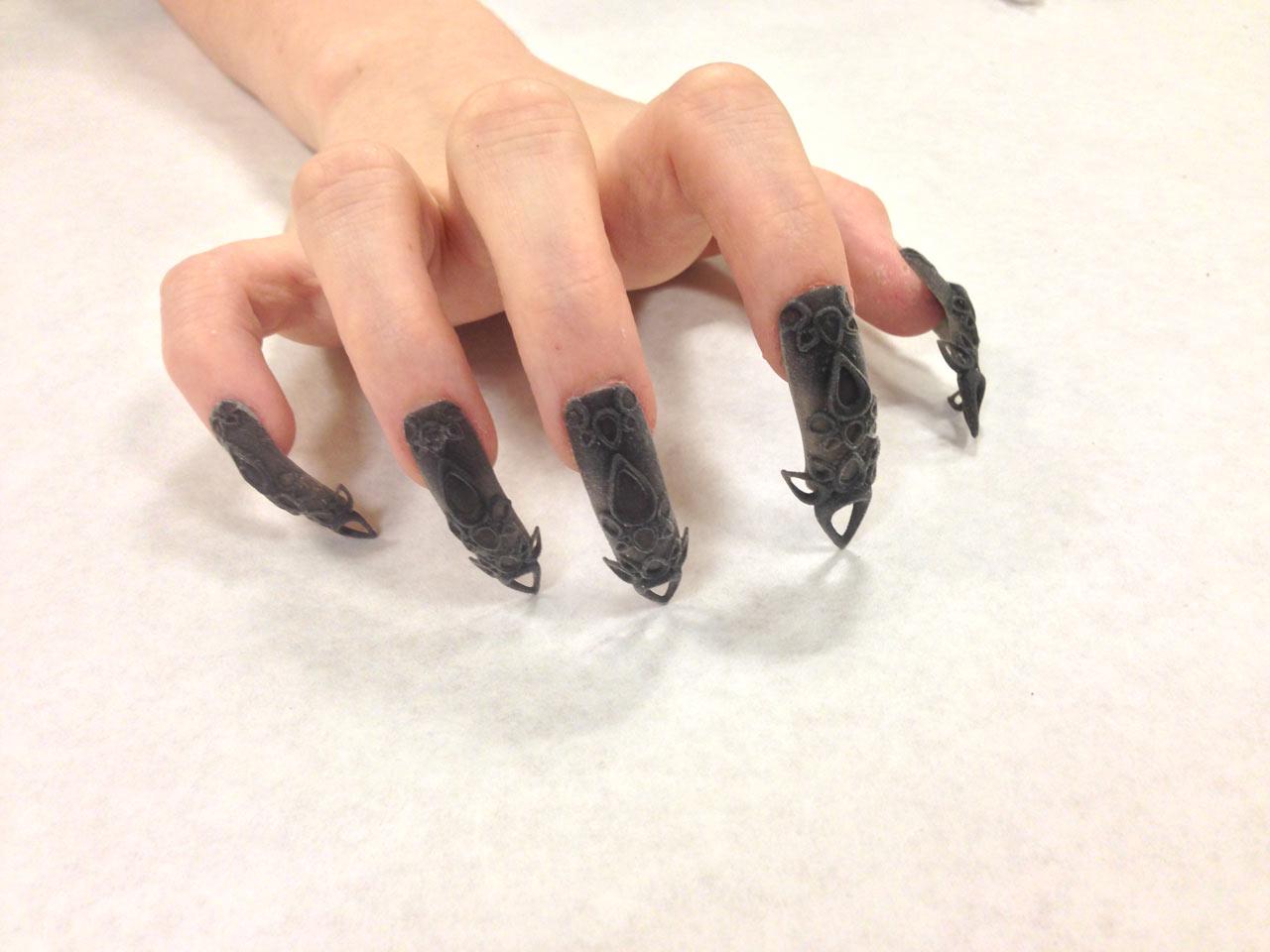 TheLaserGirls-3D-Printed-Nails-7-Black-Castle