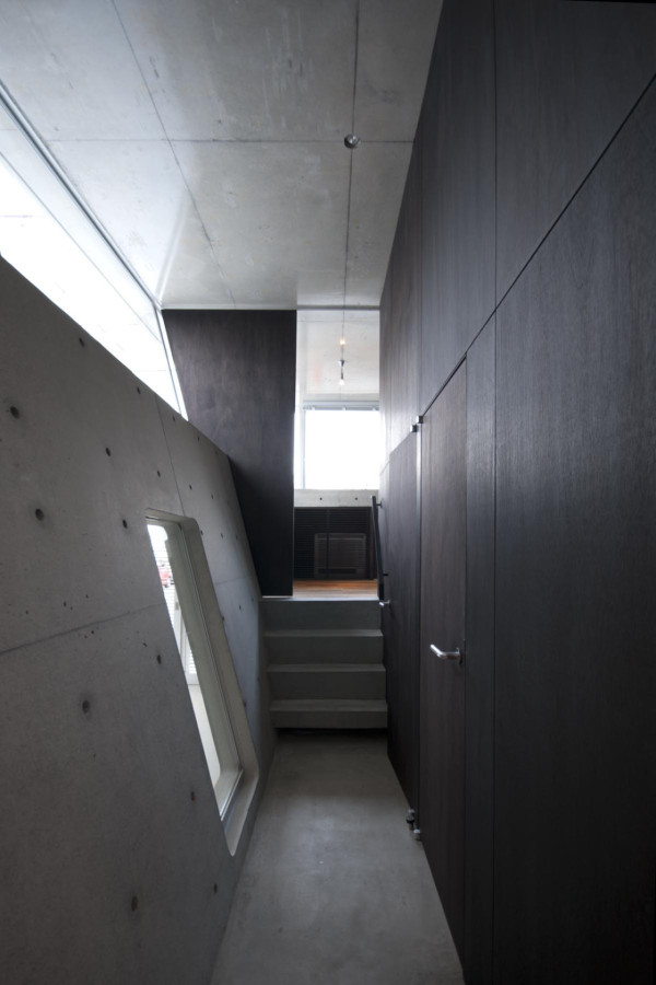 A Minimalist House with a Sleek Concrete Structure in architecture  Category