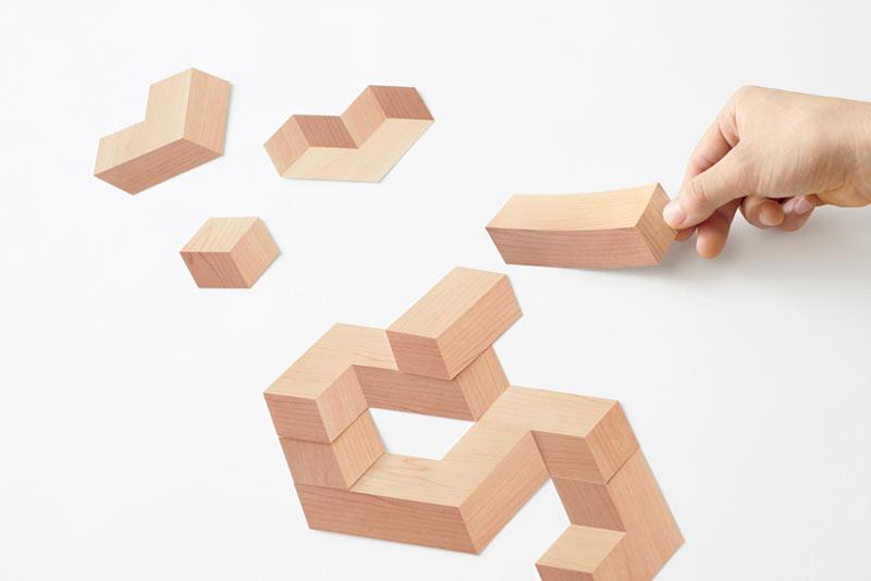 Paper-Brick: A Set of Paper Blocks That Look 3D