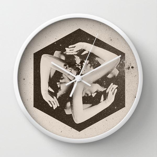 s6-box-wall-clock