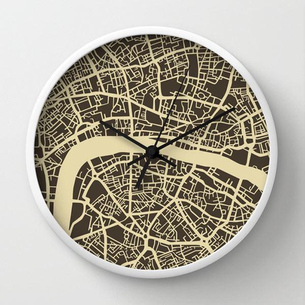 s6-london-map-clock