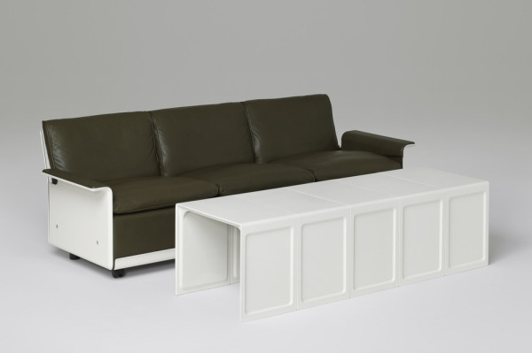 621 Side Table by Dieter Rams for Vitsoe (ID222) ©Vitsoe-scr