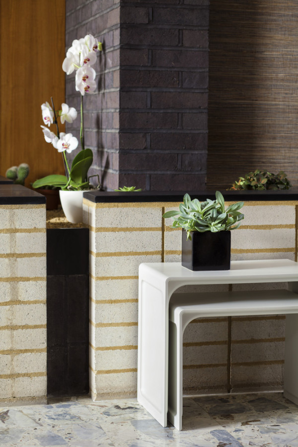 621 Side Table by Dieter Rams for Vitsoe (ID238) ©Vitsoe-scr