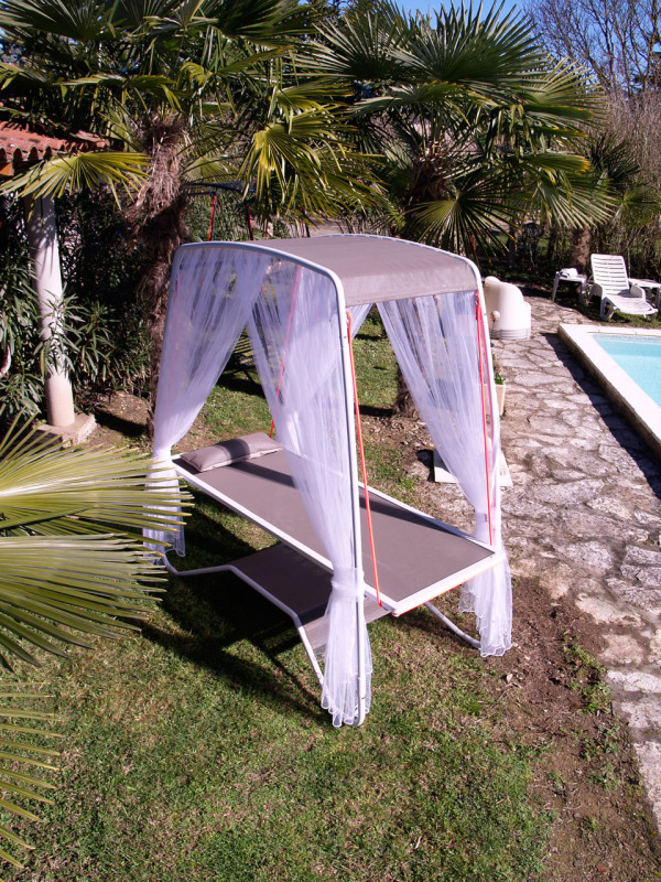 Transamac: A Soft, Relaxing Bed for the Outdoors in main home furnishings  Category