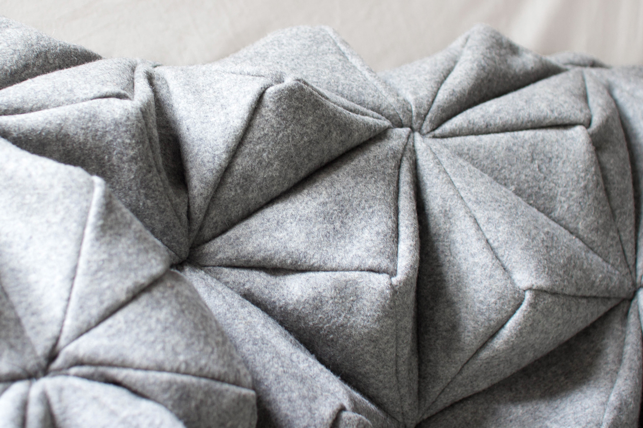 Bloom-Origami-Blanket-Bianca-Cheng-Costanzo-4