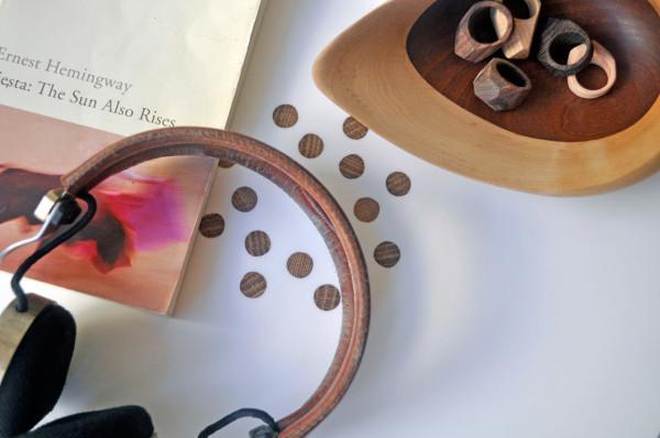 Bundle-Side-Table-Ampersand-9