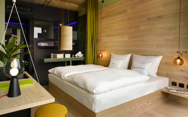 Destin-25Hours-Bikini-Berlin-Hotel-19-room-25hours