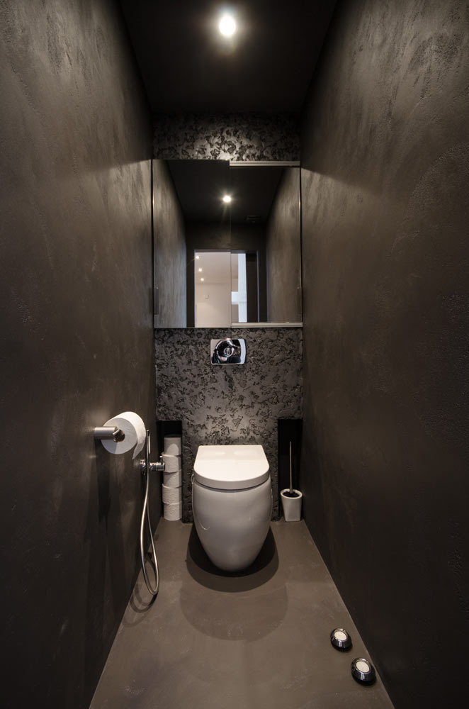 Grey-Loft-OOOOX-7-bathroom