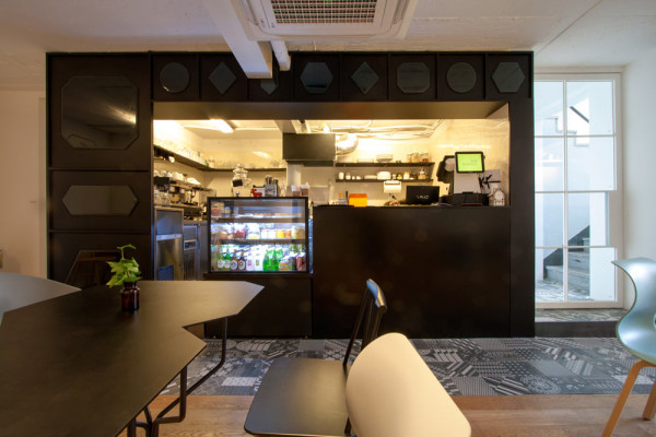 Kafe-Nordic-Bros-Design-Community-12