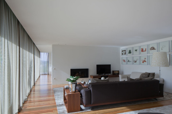 L23_HOUSE_Pitagoras-Arquitectos-14-living