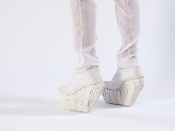 Laura-Papp-Porcelain-Shoe-2