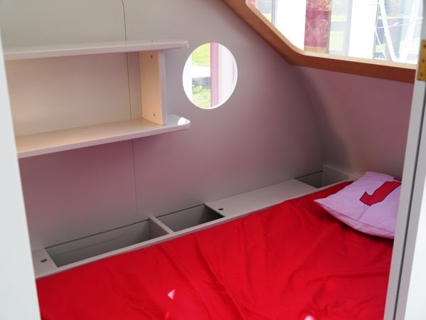 Mathy-by-Bols-Kids-Furniture-Bed-6-camper