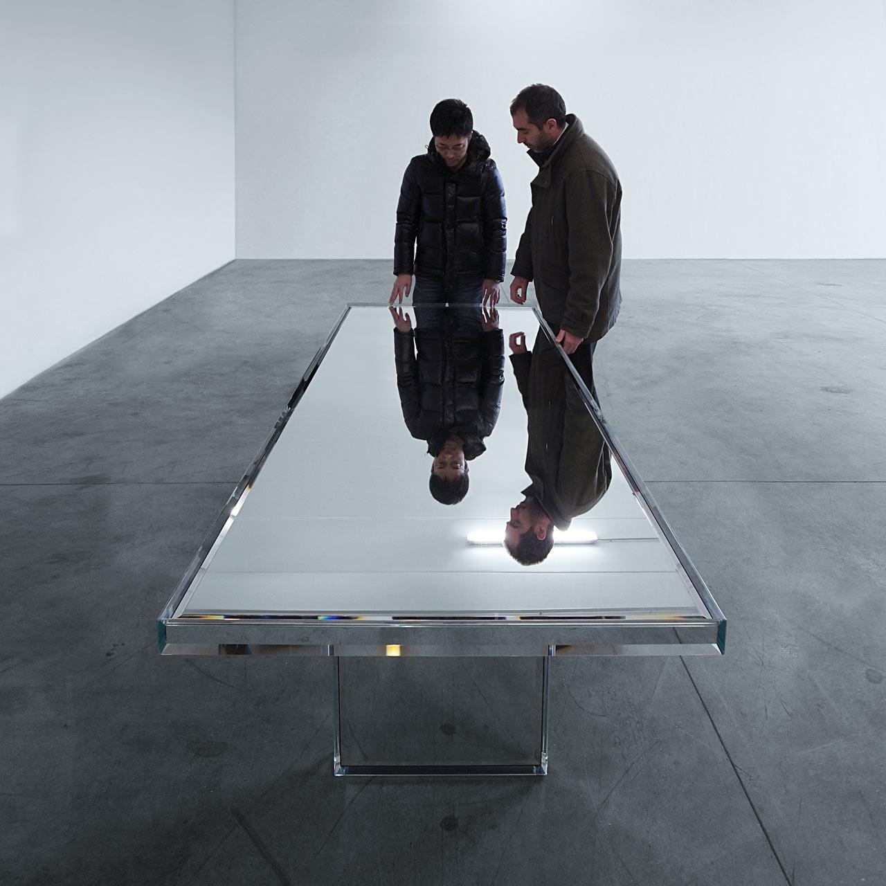 PRISM-Mirror-Table-Tokujin-Yoshioka-5