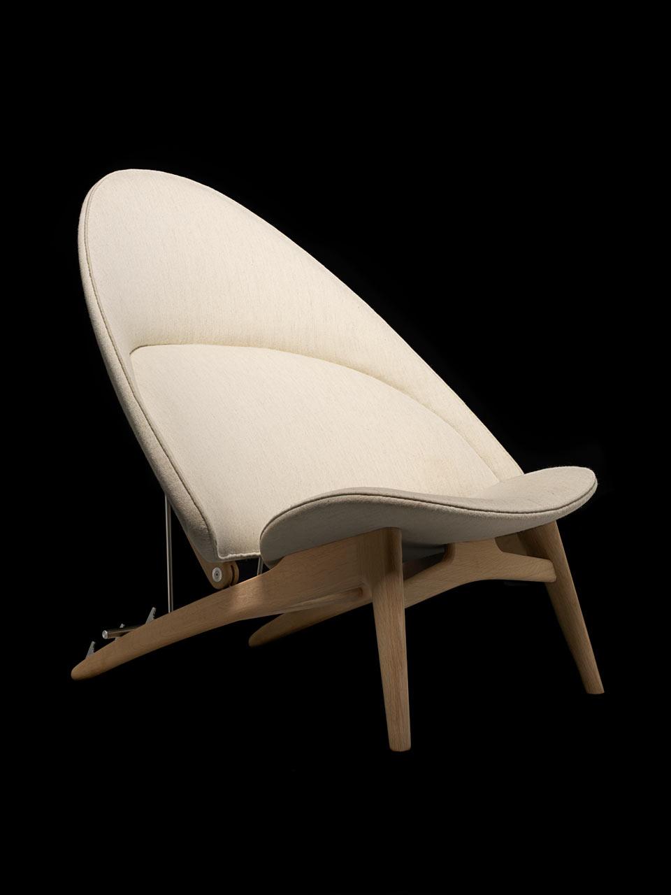 Hans Wegner's Tub Chair by PP Mobler
