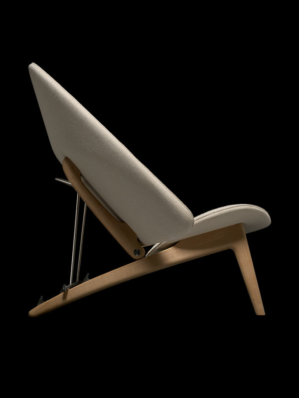 Hans Wegners Tub Chair by PP Mobler in main home furnishings  Category