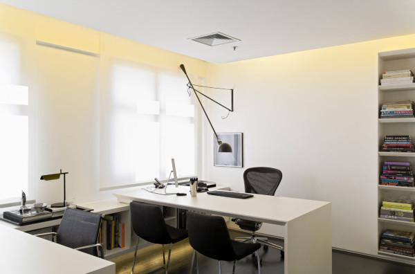 Where-I-Work-Diego-Revollo-3-desk
