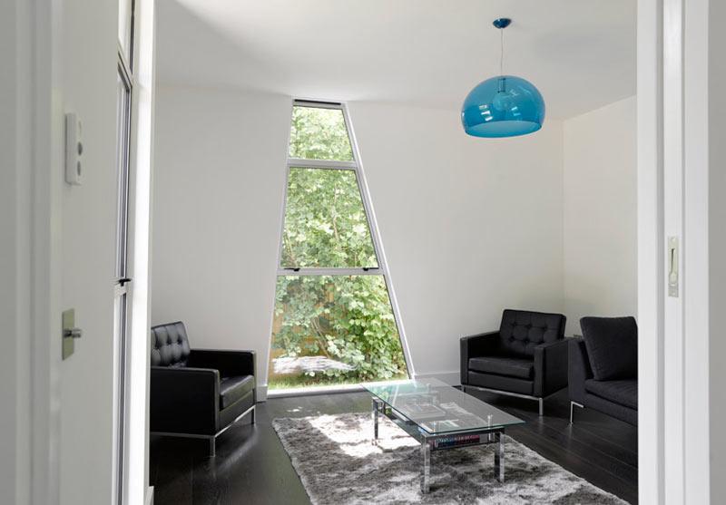 Yalding-Kent-House-Modern-House-16