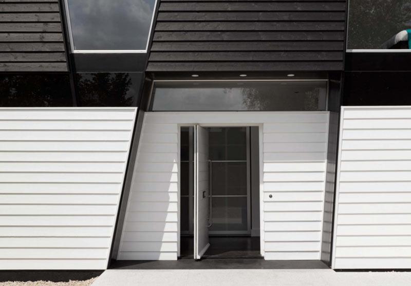 Yalding-Kent-House-Modern-House-7