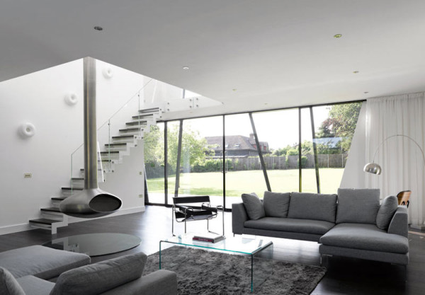 Yalding-Kent-House-Modern-House-8-lr