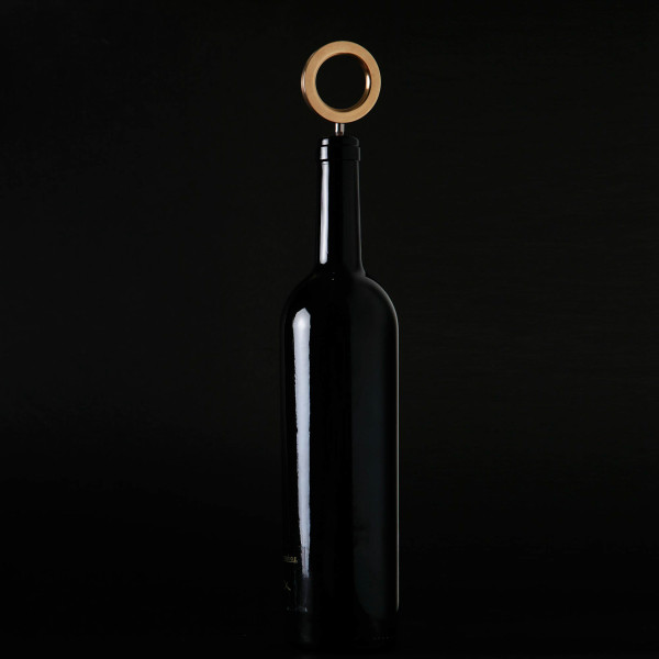 O wine bottle opener