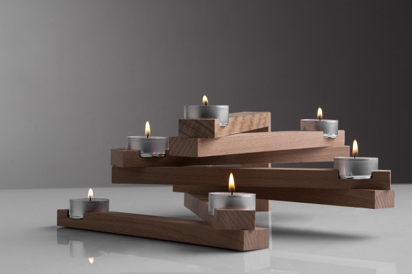 links candle holder