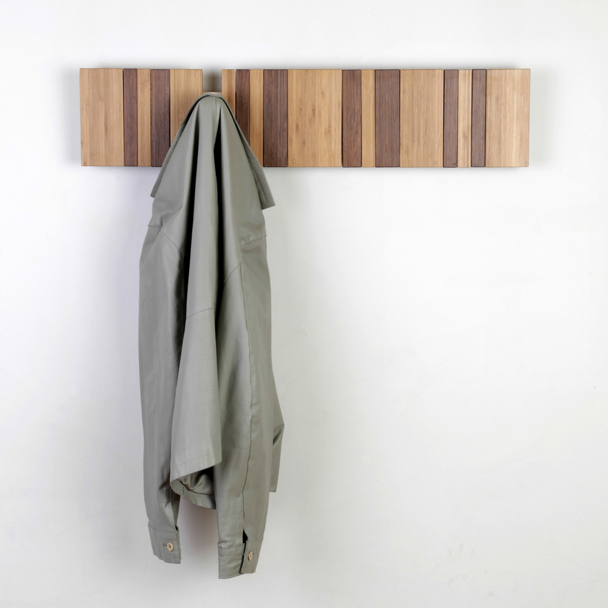 pianoforte coat rack