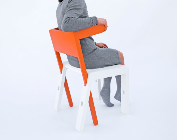 SUPERBAMBI: A Chair with Many Functions