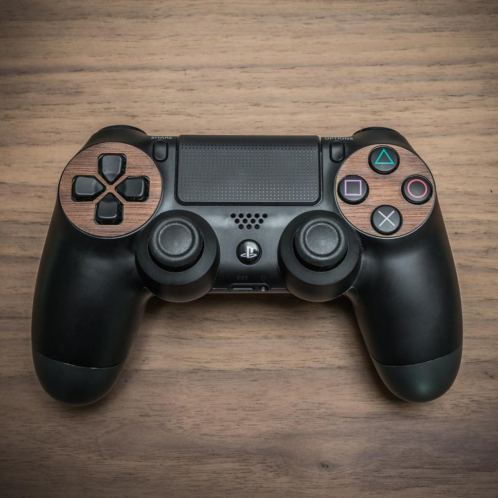 Balolo-PS4-controller_1024x1024
