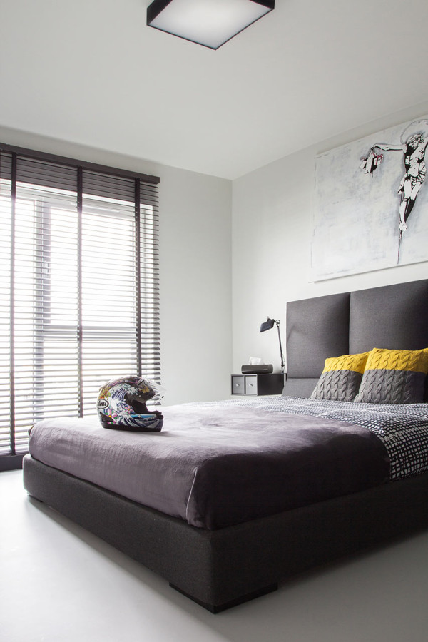 Jalousien Modern a modern black white apartment in poland design