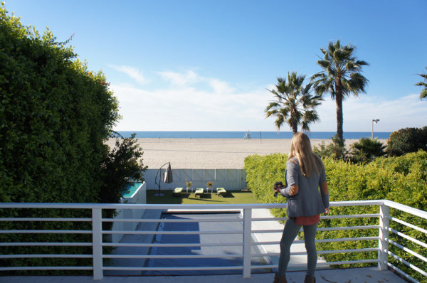 Dailies-Victoria-Richter-Jaxon-7-Beach-House-Enjoy-the-View