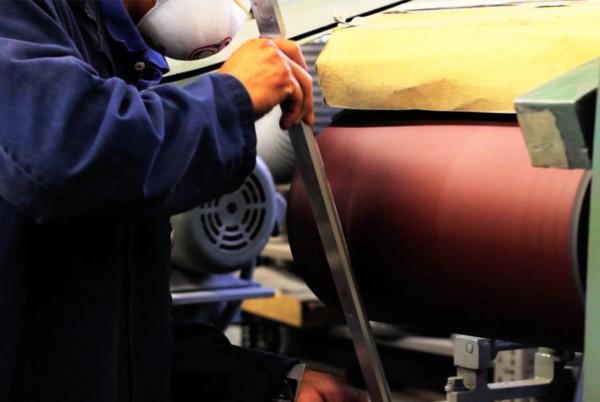 Decon-Cartesian-Chair-APR-11-brushing