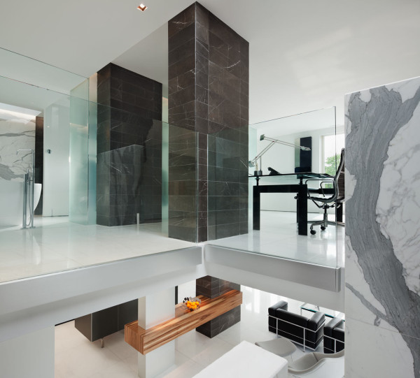 A Dark, Two-Level Space Gets a Dramatic Renovation