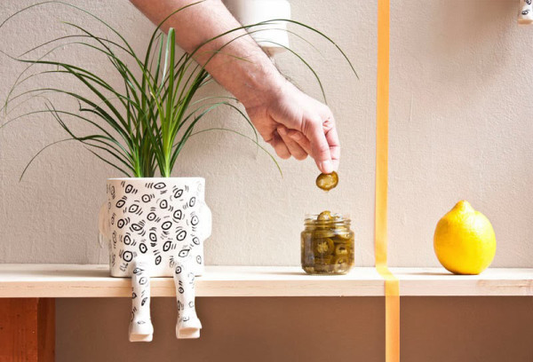 Pinch-12-Wacamole-sitting-plant-pot